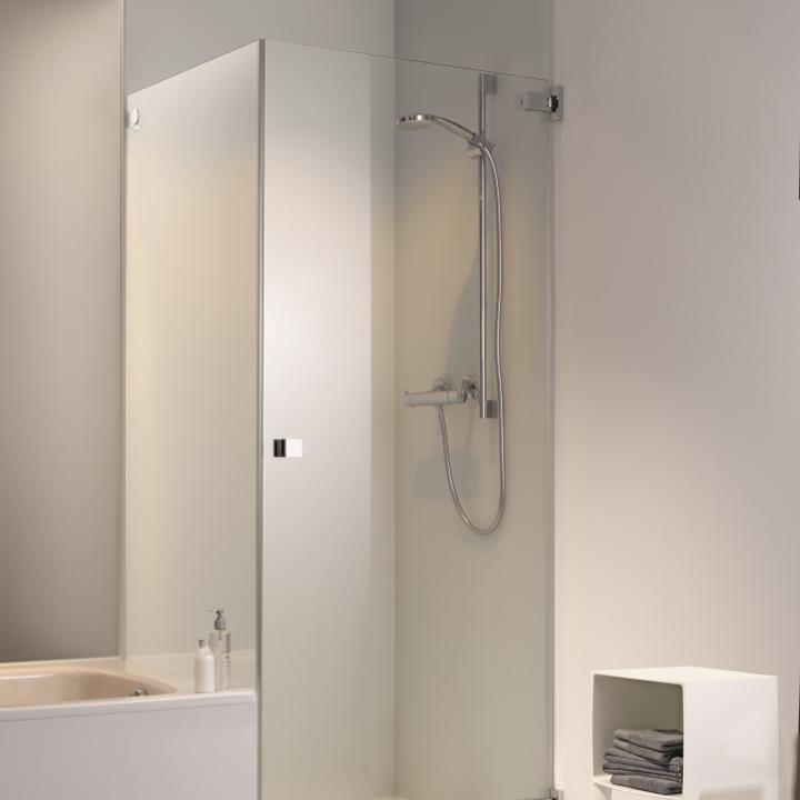 vitre pour douche italienne baignoire pour douche douche italienne brique de verre with vitre. Black Bedroom Furniture Sets. Home Design Ideas
